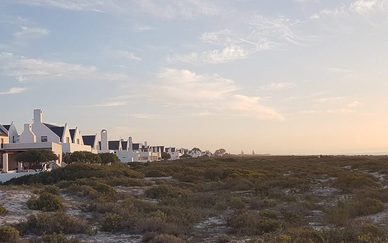 A Luxurious West Coast Stay at DK Villas' Skilliepark Beach Cottage, Dwarskersbos